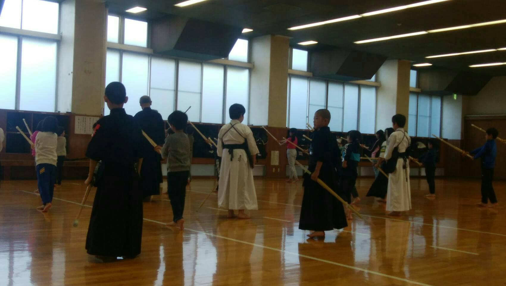 冬休み短期剣道教室に参加しました